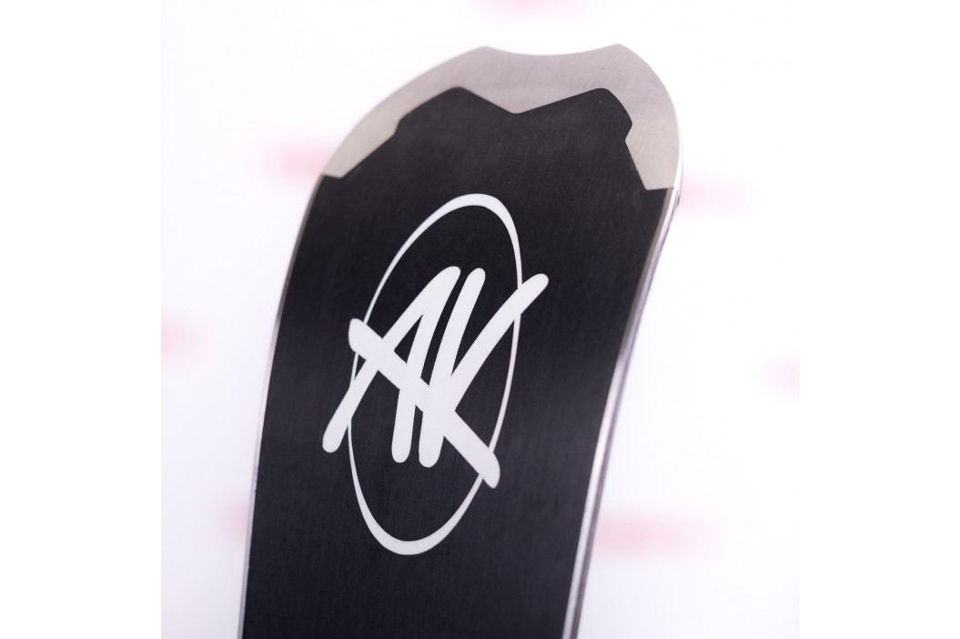 AK Black Carbon  M 166cm